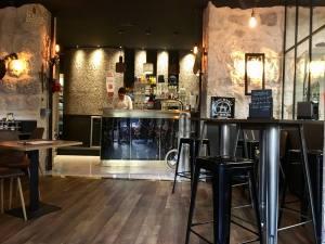 Bar à bieres et barbier Nice