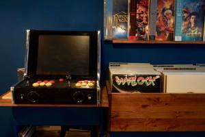 Evrslt disquaire vinyles à Nice jeu arcade