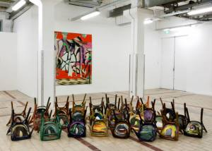 La Station espace d'art contemporain à Nice installation chaise