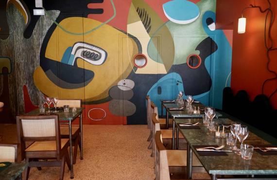 Perlone Bar et restaurant à Nice avec cuisine Nikkei intérieur