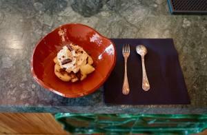 Perlone Bar et restaurant à Nice avec cuisine Nikkei dessert