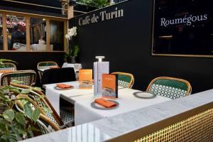 La Gare du sud, nouvelle halle gourmande à Nice cafe de turin