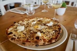 Figue et Olive, restaurant avec vue sur les hauteurs de Nice (pizza)