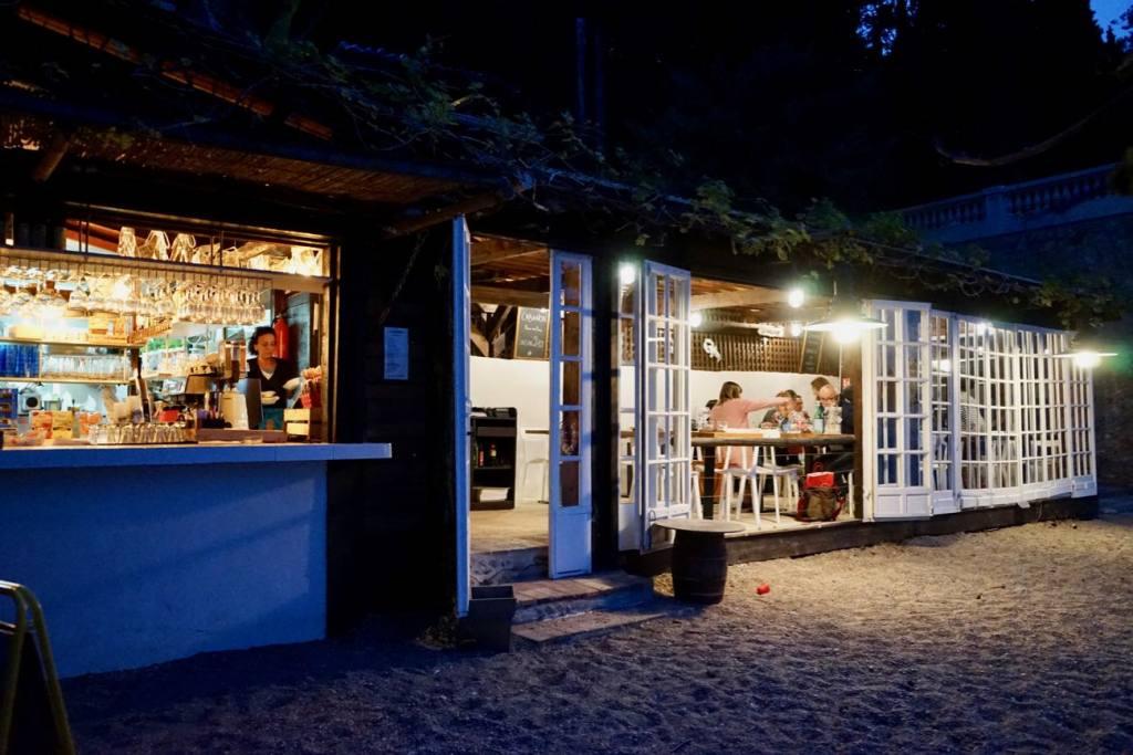 La cabanon, restaurant les pieds dans l'eau sur la plage de buse à Roquebrune Cap Martin (dîner)
