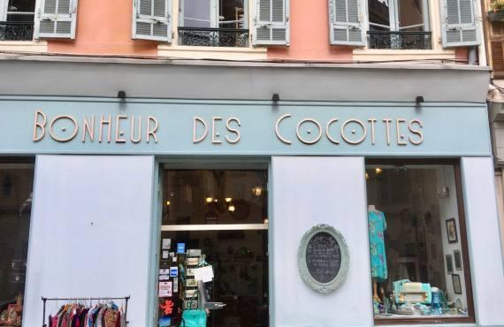 Au bonheur des cocottes, boutique d'articles de mode et déco, rétro et vintage à Nice