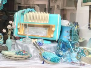 Au bonheur des cocottes, retro fashion and deco shop in Nice (items)