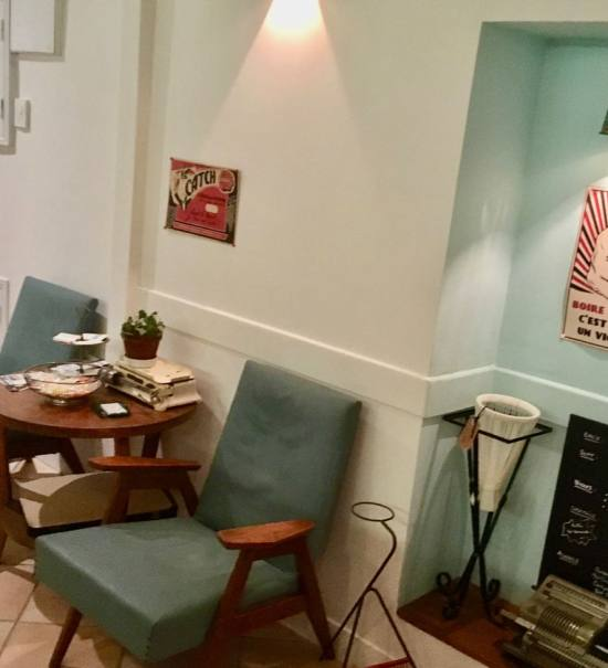 Le BAM, bar à manger dans le quartier de la place du pin à Nice (déco)