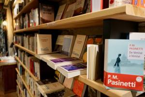 La Briqueterie, book shop, Nice (books)