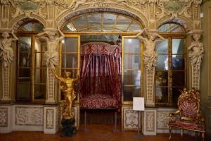 Palais Lascaris, musée baroque dans le Vieux-Nice (chambre)