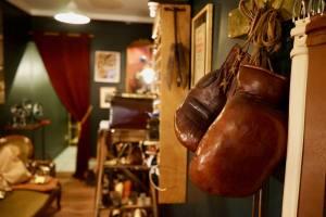 La Cordonnerie du Vieux Nice, réparation et entretien de chaussures (gants)