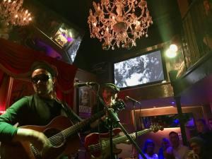 Shapko, cafe-concert dans le Vieux-Nice (blues)
