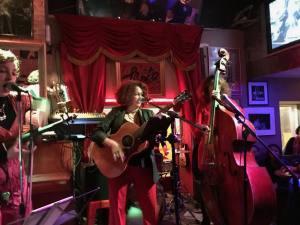 Shapko, cafe-concert dans le Vieux-Nice (groupe)