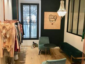 Garçonnes, boutique de prêt-a-porter, accessoires et chaussures femmes (corner)