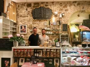 Peppino - Italian foods - Nice (the team)