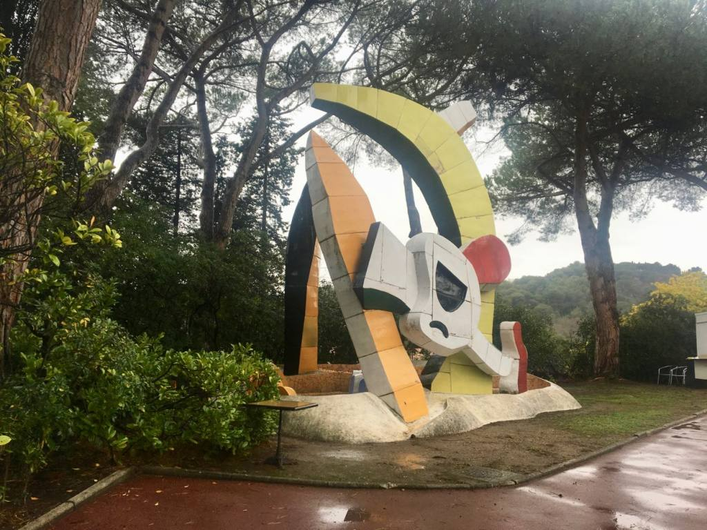 Musee National Ferand Leger - love-spots - sculpture