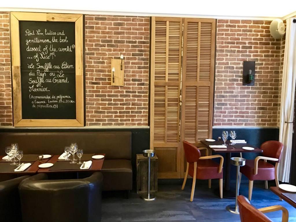 Les sens, restaurant semi-gastronomique à Nice (Salle)