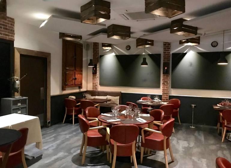 Les sens, restaurant semi-gastronomique à Nice (intérieur)