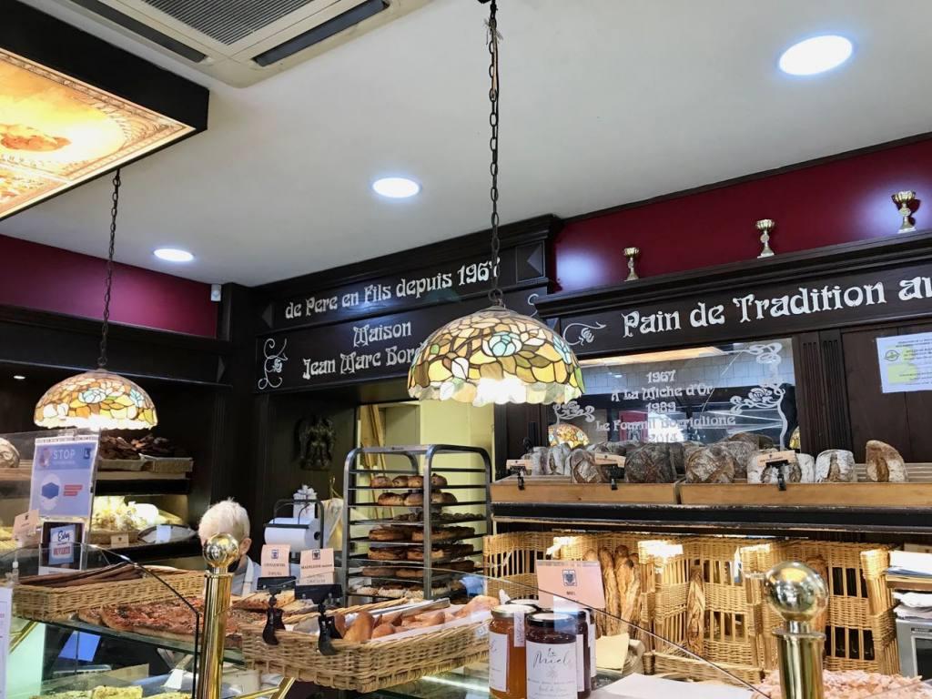 Maison Jean Marc Bordonnat, bread, Love spots, Nice - interior