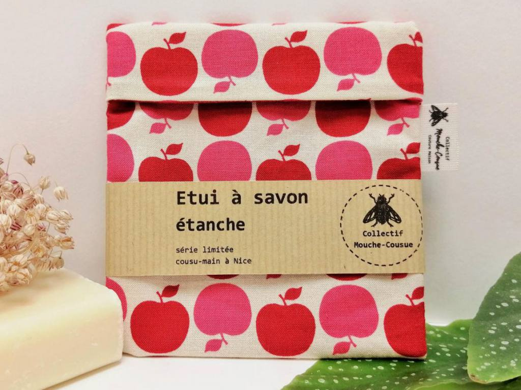 Collectif Mouche-Cousue, sewing workshop in Nice (soap bag)