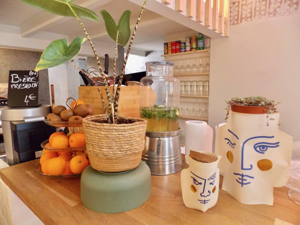 Les Balancelles, restaurant, love spots, Nice (the deco)