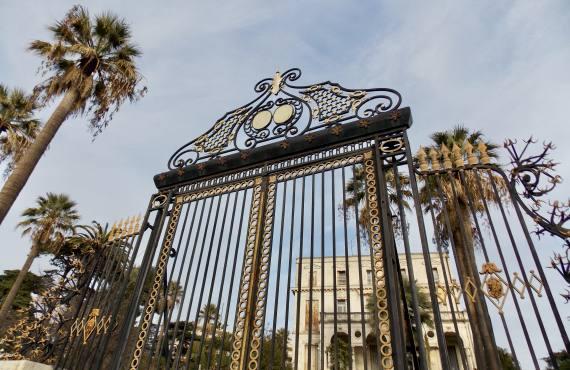 Cimiez, quartier à Nice (portail doré)