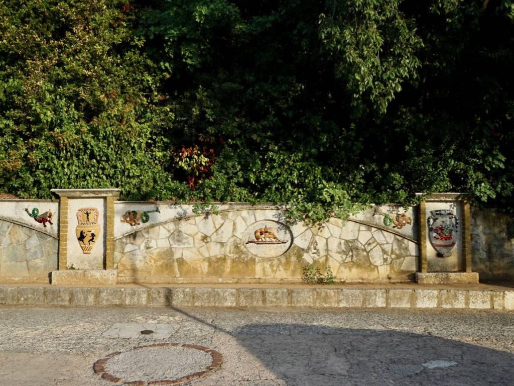Colline du château de Nice (mur)
