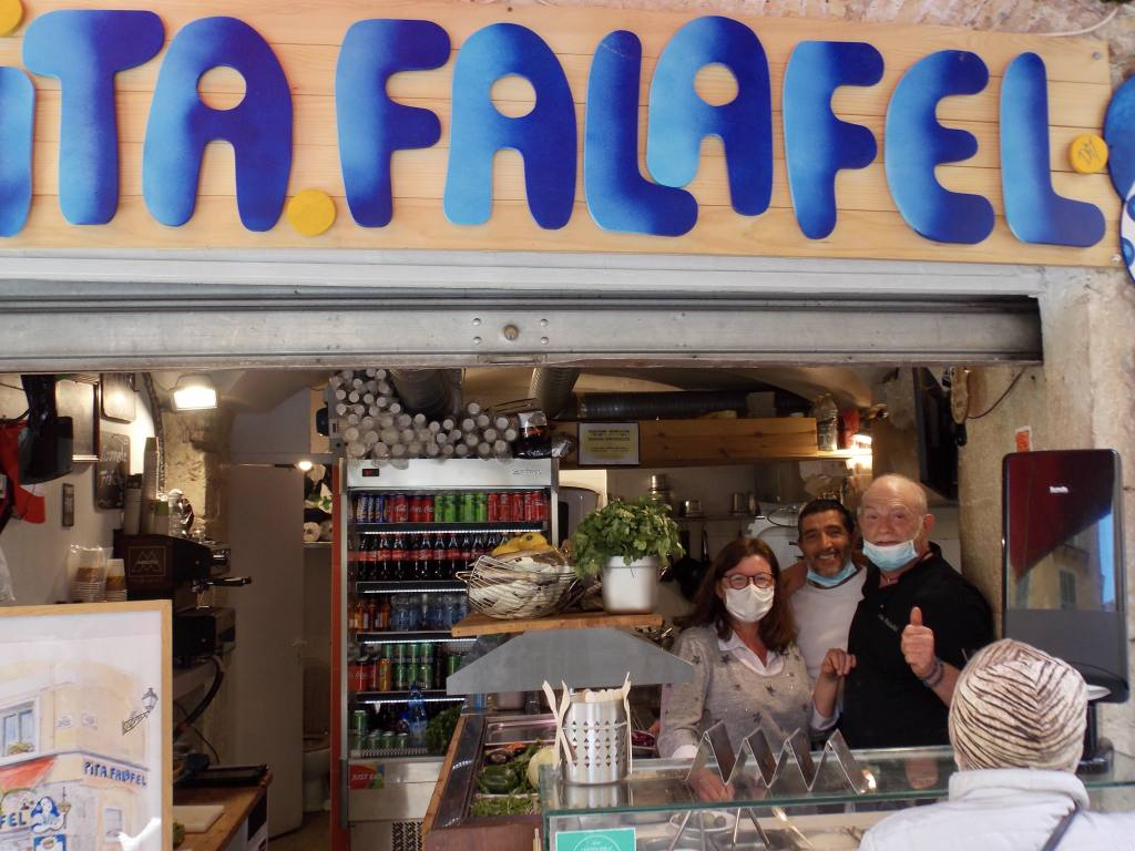 Pita Falafel Nicecity guide Love Spots (the owners)