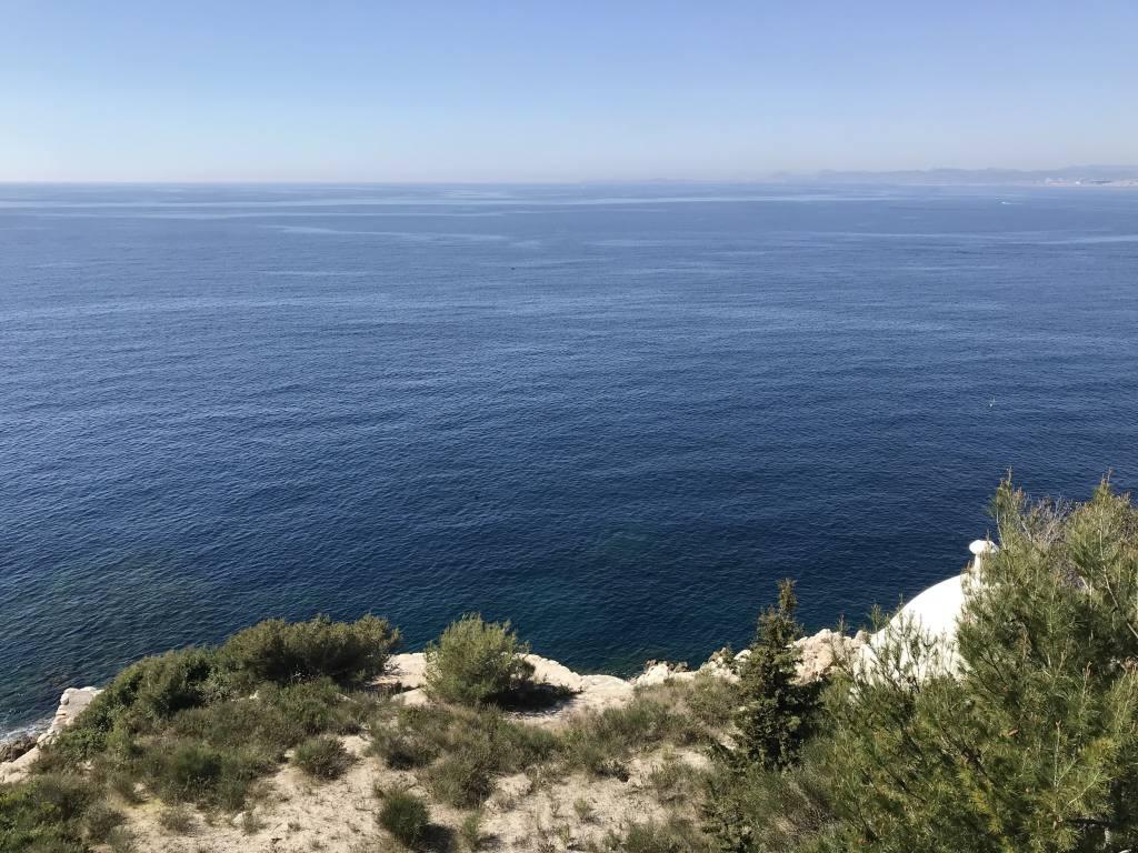 Sentier du Littoral à Nice (océan)