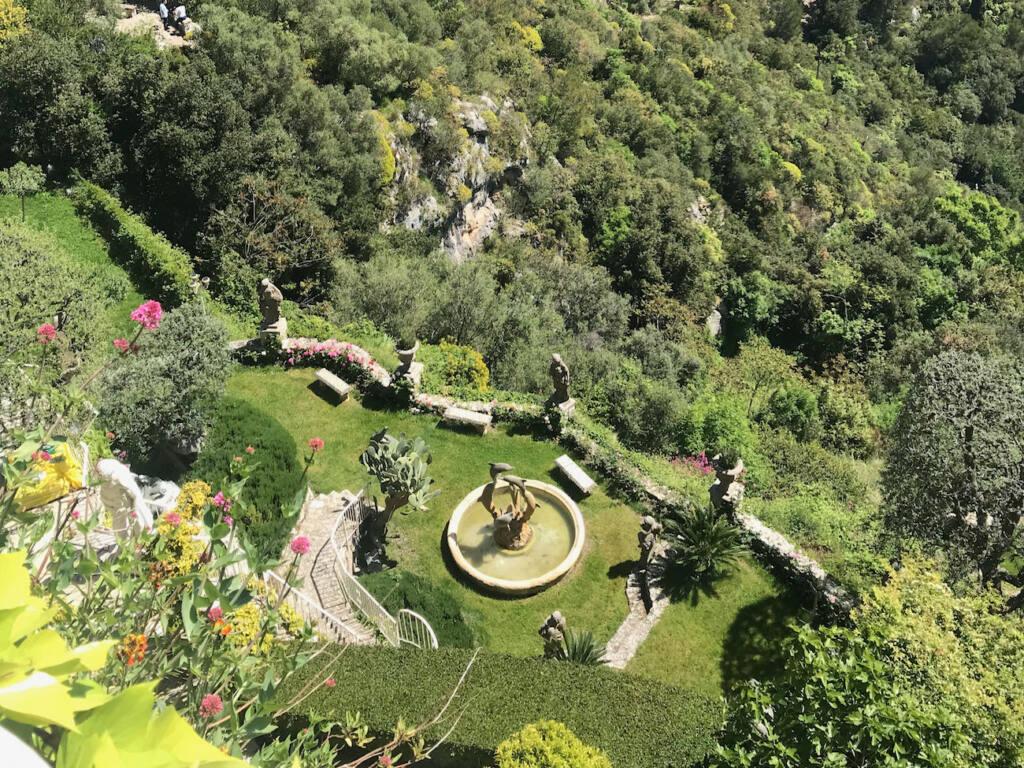 Èze, village médiéval (jardins chèvre d'or)