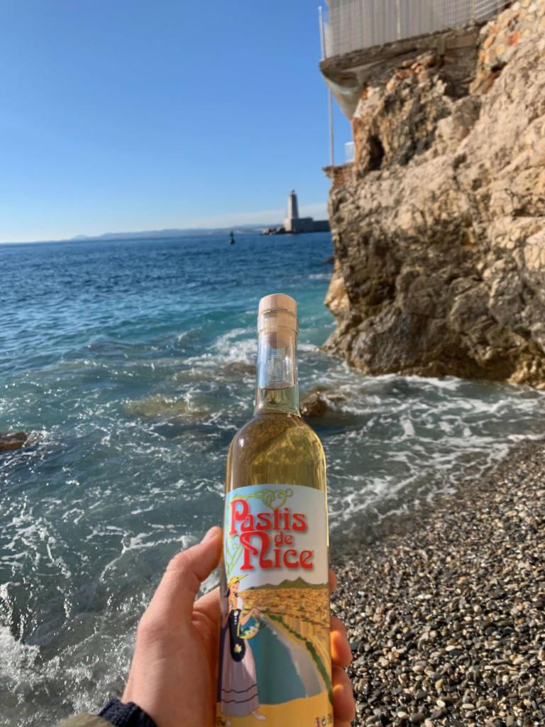 Pastis de Nice, alcool du Sud, Nice (mer)