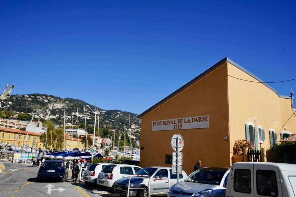 Villefranche sur Mer (parking)