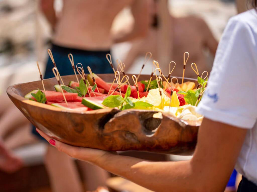 Les Canailles, beach club Nice (fruits)