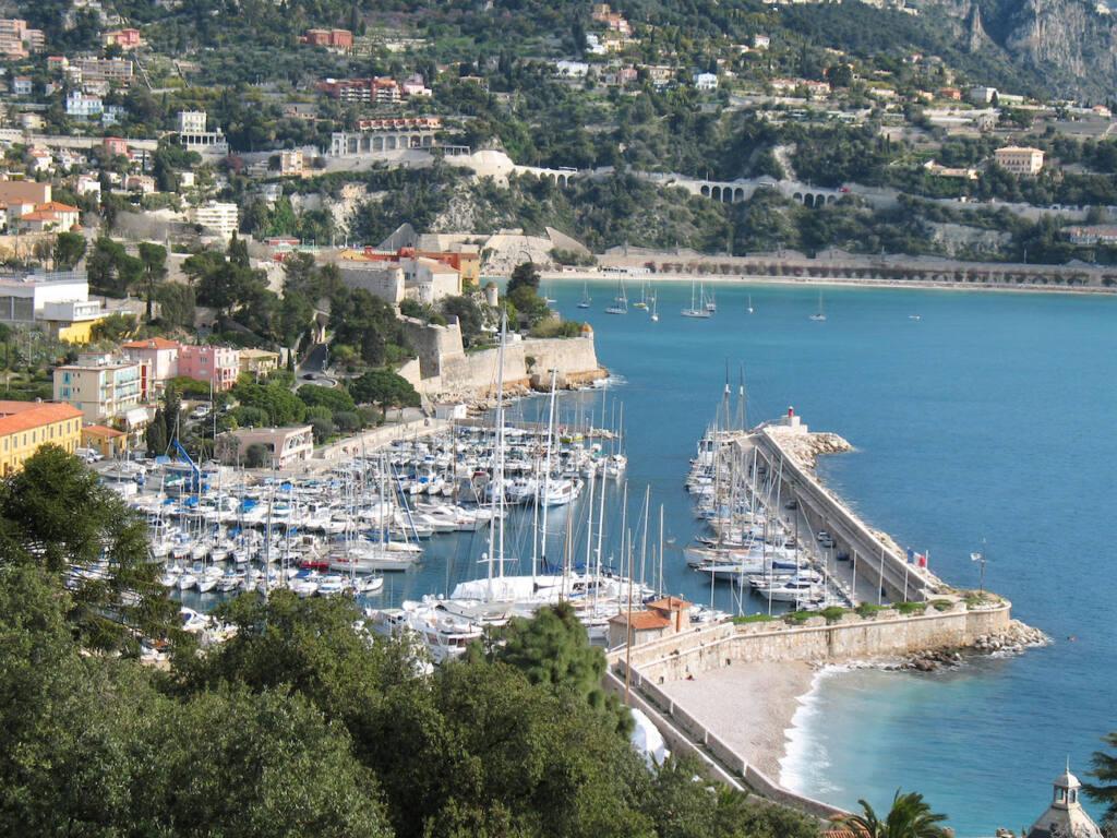 Plage de la darse Villefranche (port)