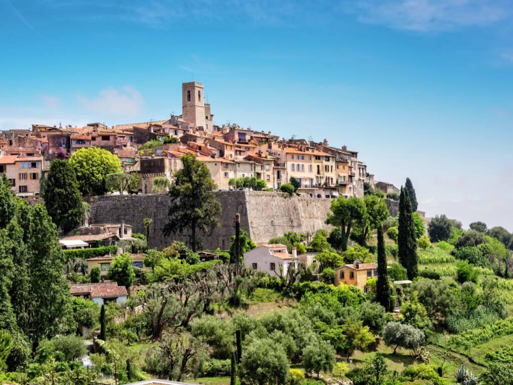Saint Paul de Vence, village of artists (overview)
