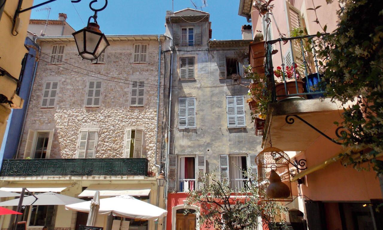 Vence, village historique (immeubles)