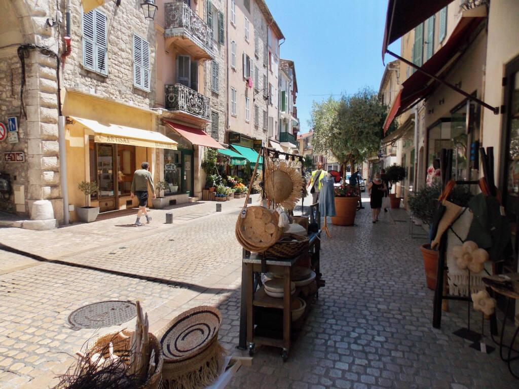 Vence, village historique (rue)