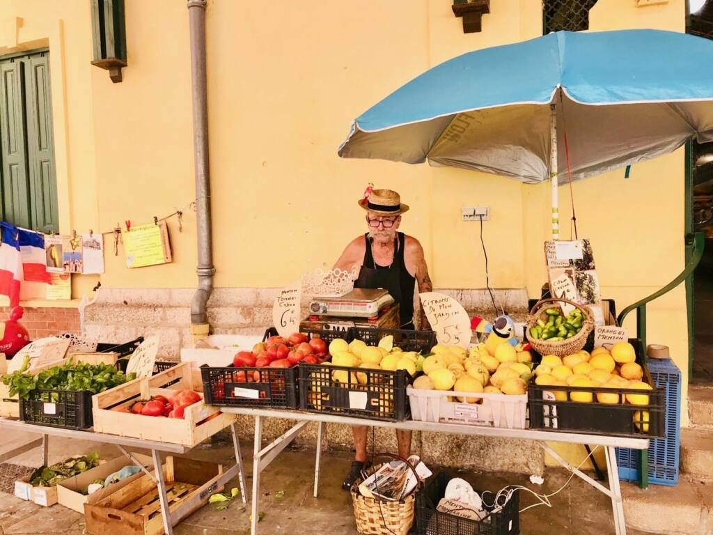 Halles de Menton: covered market with fresh produce and local artisans (vegetables)