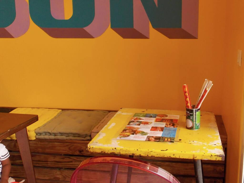 Madame Bobun, restaurant vietnamien (table)