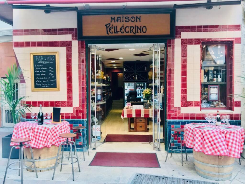 Maison Pellegrino : Cave à vins, épicerie fine et bar à manger dans le Vieux-Nice (terrasse)