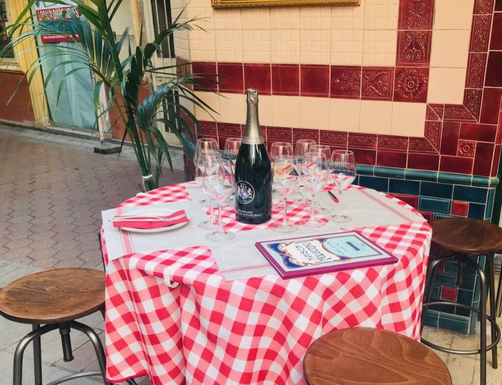 Maison Pellegrino: wine cellar, quality grocer, and bar with eats in old-Nice (table)