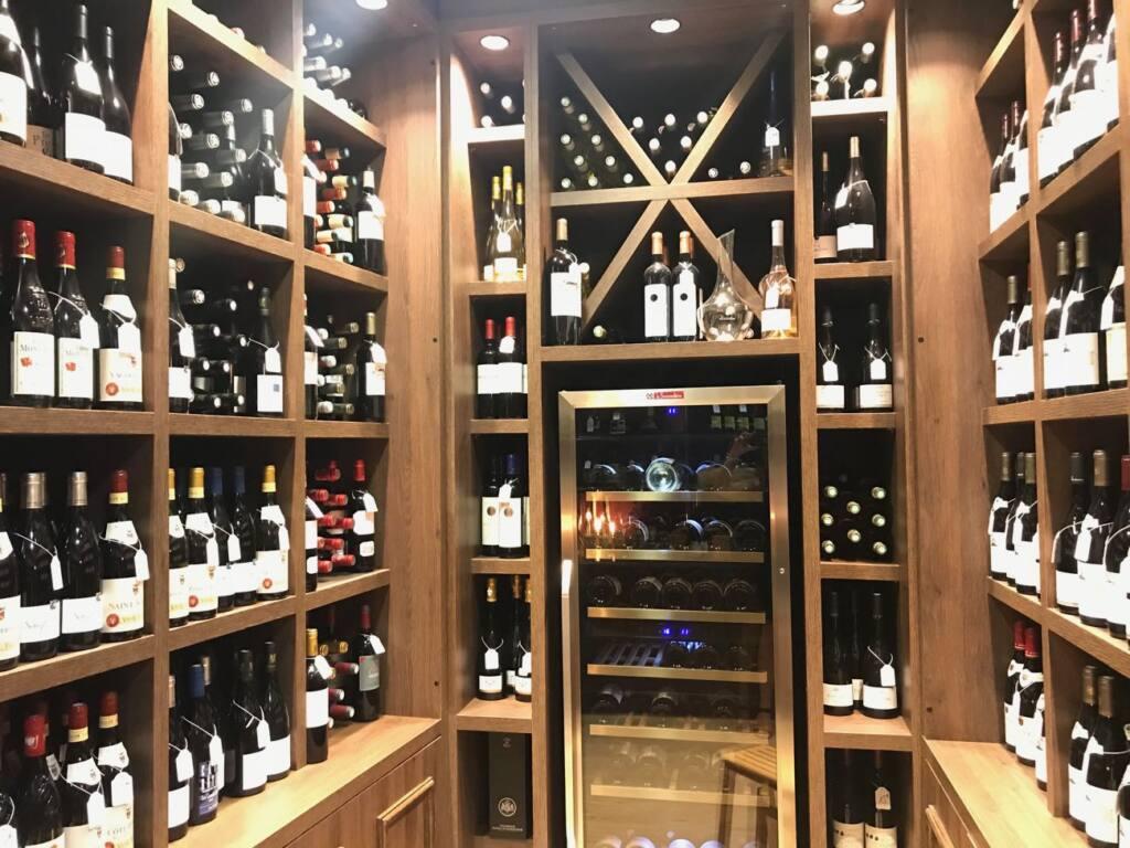 Maison Pellegrino : Cave à vins, épicerie fine et bar à manger dans le Vieux-Nice (vins)
