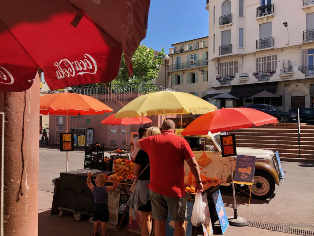 Marché Forville in Cannes (parasols)