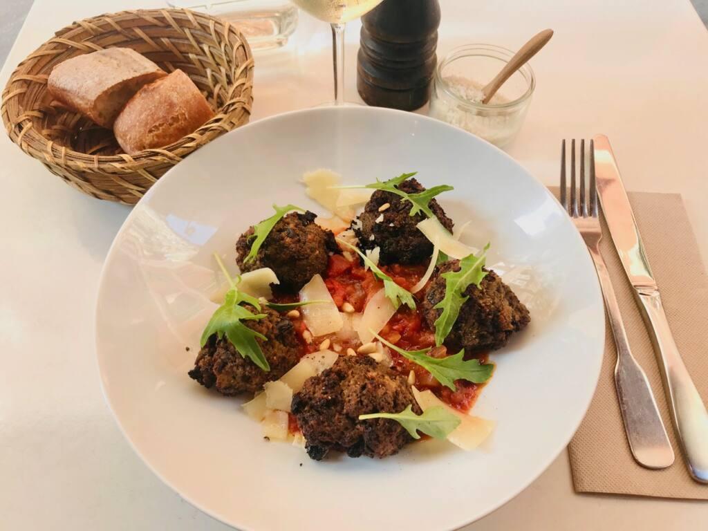 La Belle Saison, vegetarian restaurant, Nice City Guide Love Spots (a dish)