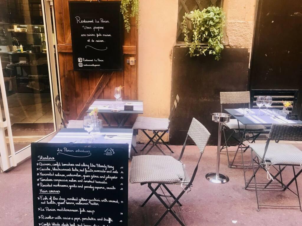 Le Panier, bistrot restaurant, city guide love spots Nice (interior)