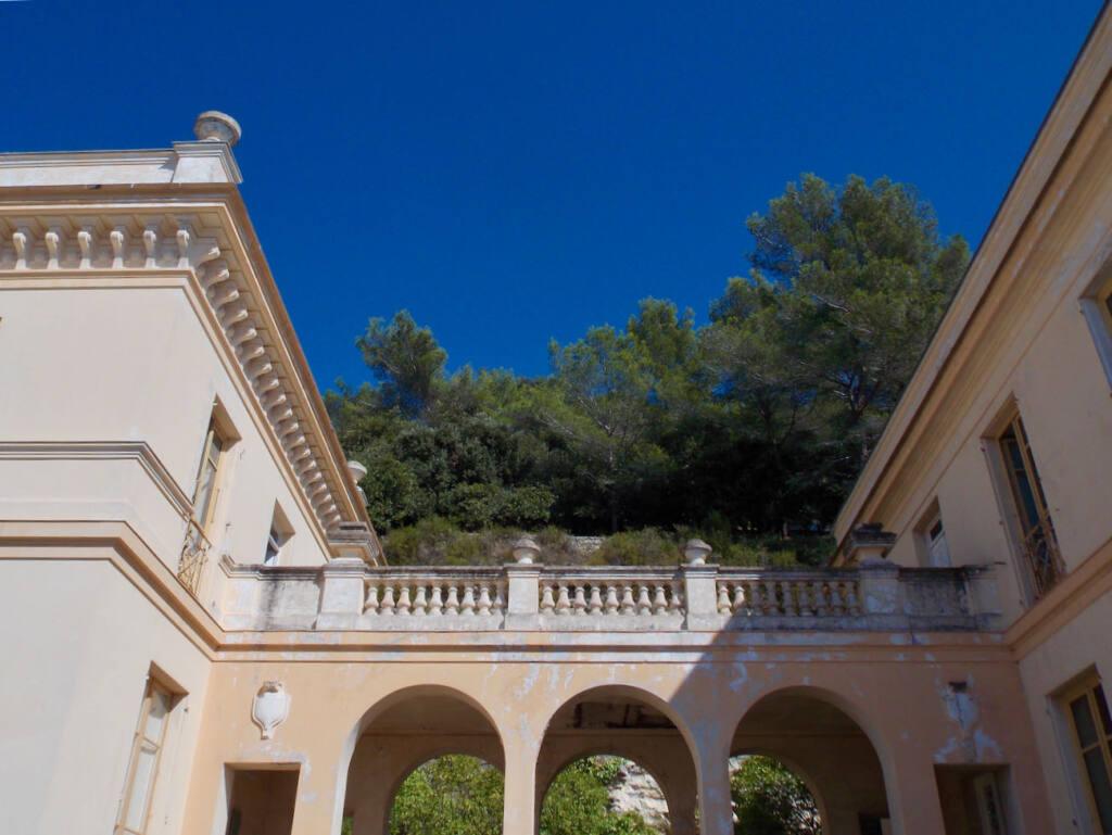 Observatoire de la Côte d'Azur, site scientifique à Nice (pont)